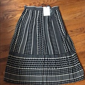 Who what wear A line patterned skirt size 4
